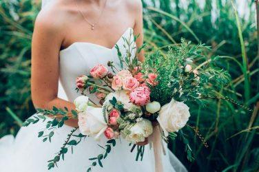 5 formas de decorar una boda con plantas y flores naturales