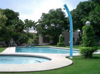 Duchas solares para piscinas